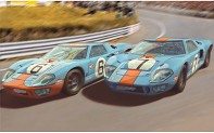 SCALEXTRIC C4041A - Ford GT40 1968 – Gulf Twin Pack