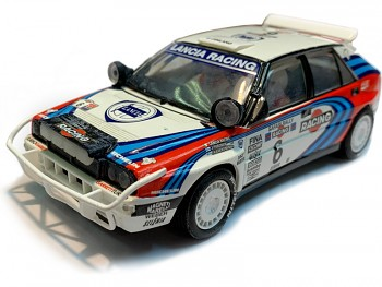 SCX Original Lancia Delta Integrale Rally Safari