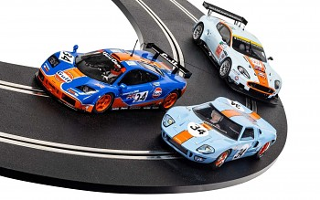 ROFGO Collection Triple Pack - Autíčko Gulf SCALEXTRIC C4109A